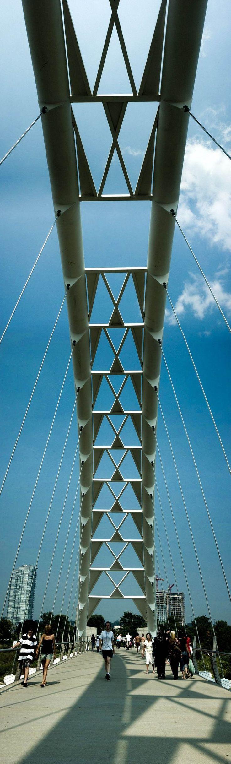 Humber Bay Arch Bridge - Toronto, Canada; Humber River