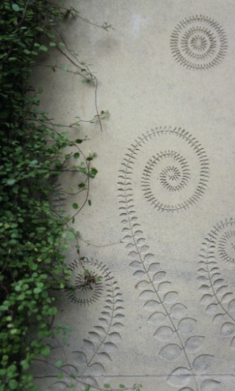 these silhouettes painted on walls instead of trees?? - Fern design sand-blasted…