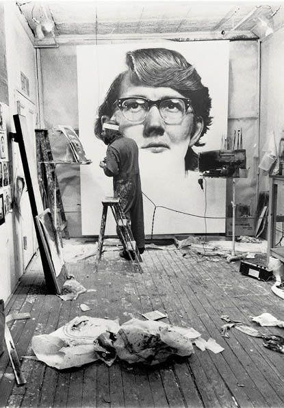 Chuck Close, Keith on ArtStack #chuck-close #art- Chuck Close est un grand artiste qui peint les photos d'identité de en grand format de ses copains.