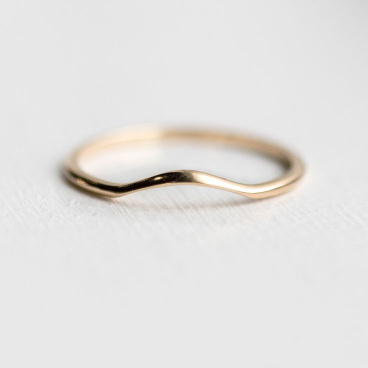 Best 25 Curved Wedding Band Ideas On Pinterest