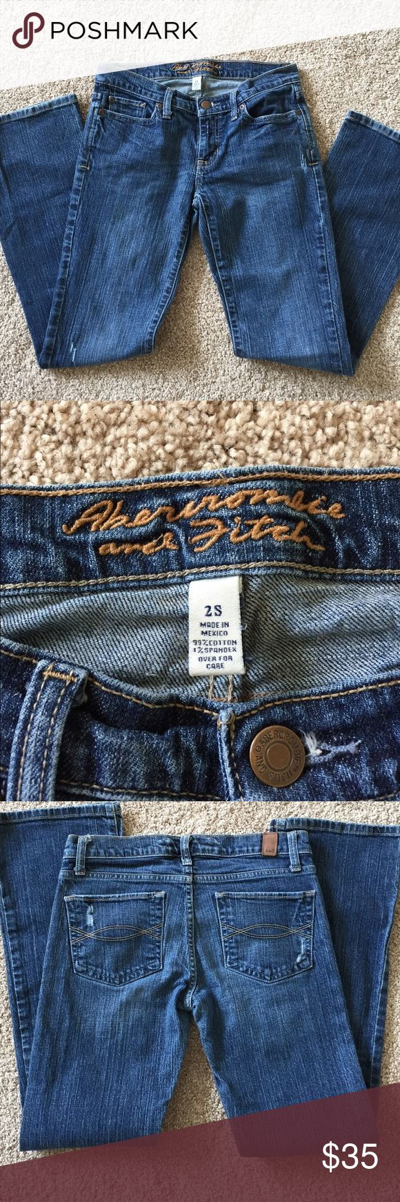 Abercrombie and Fitch Jeans! These jeans from Abercrombie and Fitch are in fantastic condition! Abercrombie & Fitch Jeans Boot Cut