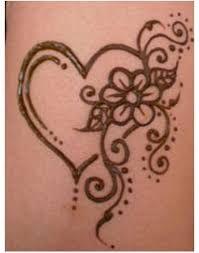 """Résultat de recherche d'images pour """"dessin au henné facile sur main"""""""