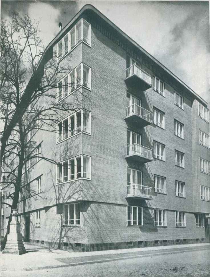 House of dr. E. Reyman, Warsaw, arch. Romuald Gutt