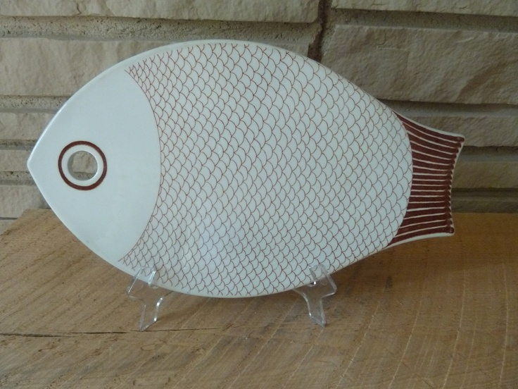 Arabia Finland Ceramic Fish Plate.Beautiful ceramic piece produced by Arabia c. 1960s designed to be used as a trivet, serving plate or wall plaque.