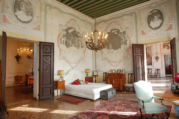 Due to the owners passion for the #villa, #Ca' #Marcello is renowned for its perfect state of conservation together with its original furnishings, objects d'art and decorations.