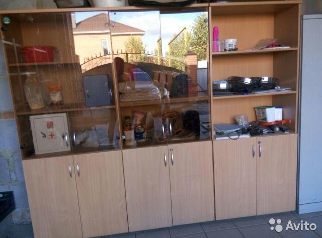 2000-2500 каждый -3 шт Шкафы  8982 101 6158  Продаю шкафы,самовывоз. Шкаф со стеклом - 2500 руб, шкаф без стекла -2000 руб.