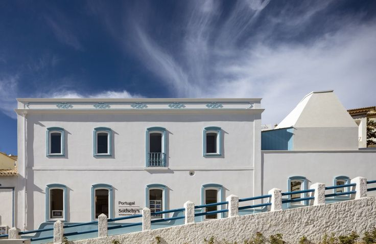 CorreiaRagazzi . new Sotheby's Real Estate Headquarters . Carvoeiro (1)