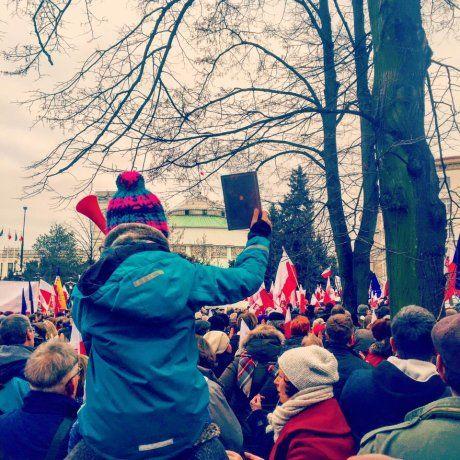 Manifestaje KOD w całym kraju. I nie tylko: protesty 'w obronie demokracji' też za granicą [NA ŻYWO ]