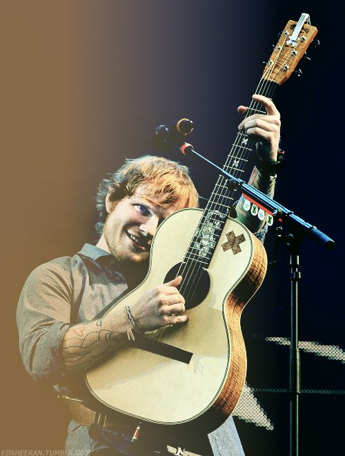 praising-ed: edsheeran: Ed Sheeran performs on Day 2 of the V Festival at Weston Park I've reblogged this before but it's honestly one of my favorite pictures and favorite edits