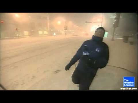 Uploaded on 2 Feb 2011 Not only did The Weather Channel's Jim Cantore have to deal with heavy snow and strong winds, but also lightning in Chicago.