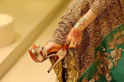 Image via We Heart It https://weheartit.com/entry/165598315/via/5684535 #bride #fashion #girl #heels #pakistan #pakistani