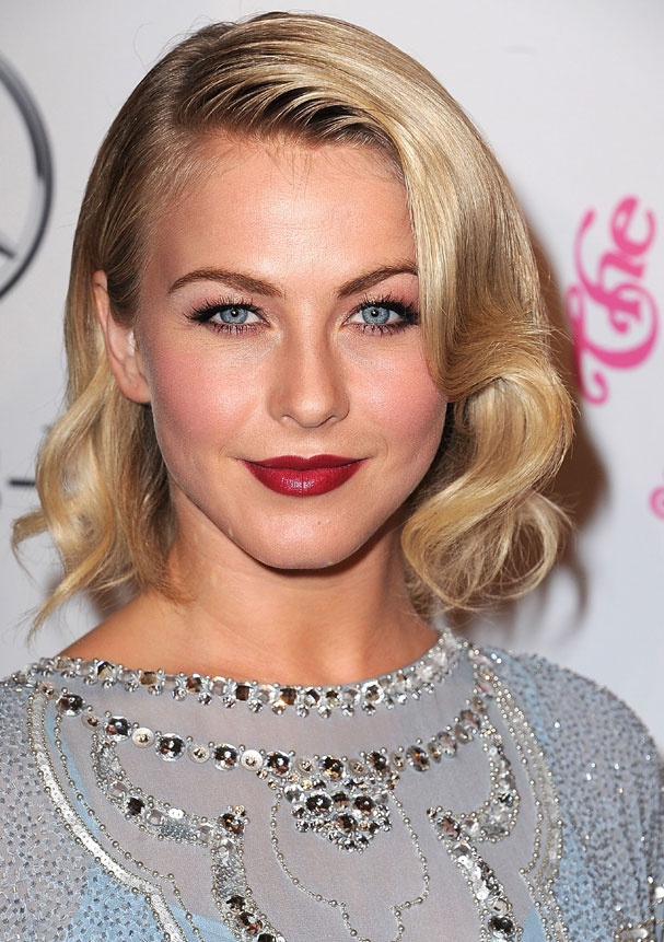 Le carré 50's de Julianne Hough