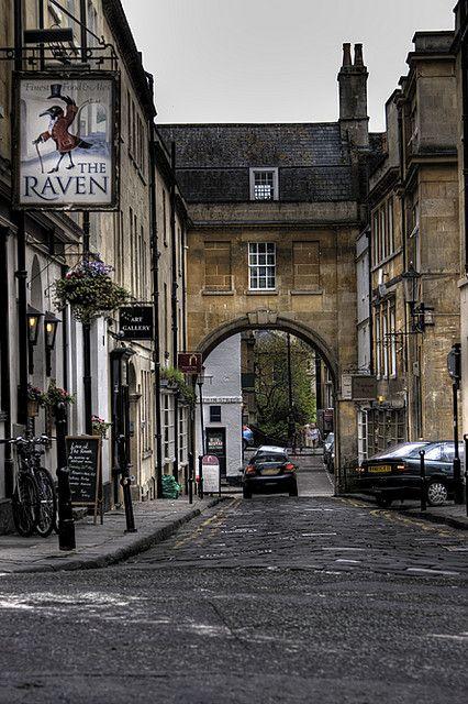 Arched Street, Bath, UK   by oz_jester
