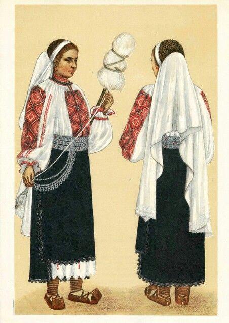 Folk dress from Padureni, Romania