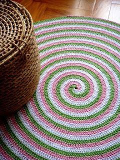 Salinha ganchillo: alfombra crochet espiral de cuerda