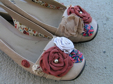 Shoe Refashions--great ideas here!