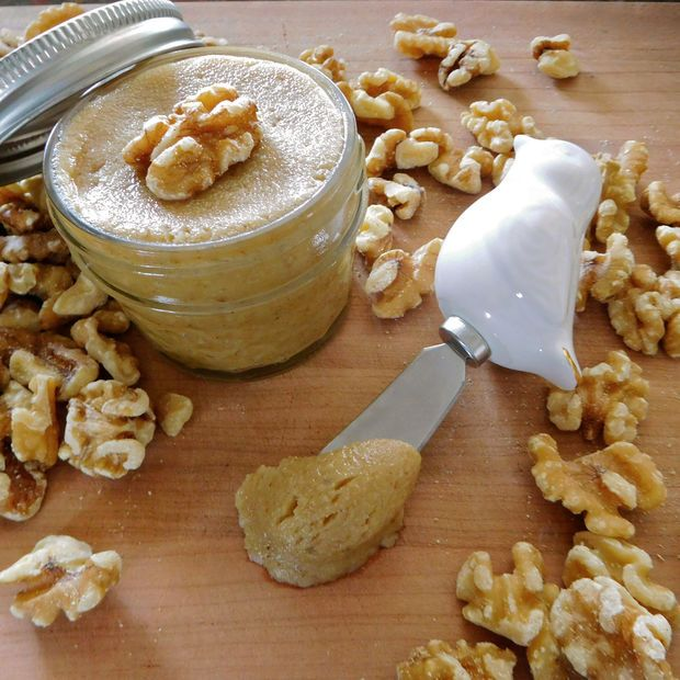 Picture of Homemade Walnut Butter