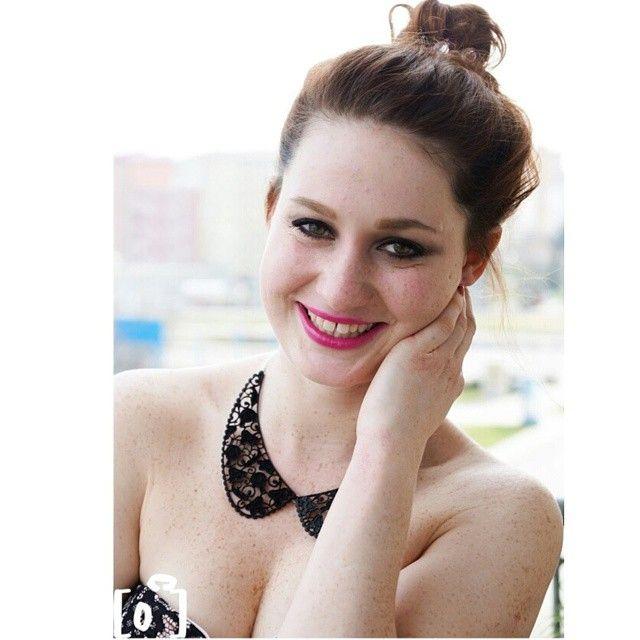 Fotečka od nejšikovnější brněnské fotografky Anetky z palatinphotography s rtěnkou z našeho E-shopu od Sleeku v odstínu Loved Up! http://www.befabulous.cz/makeup/lips/loved-up-detail https://www.facebook.com/pages/Be-Fabulous/596771703774873 #befabulous #PalatinPhotography #makeup #photo #Sleek#redhead#Lips#Photography #girl #girls #fashion #czechgirl #bookstagram #brno #fotografka #instagram #brnenskafotografkaanetka #anetka #lucka #smiele #focení #lovedup #GreatBritain#happy