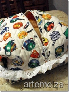 facile cestino portapane ,si può chiudere il pane per ripararlo dalla polvere