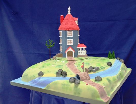 Moomin Wedding Cake