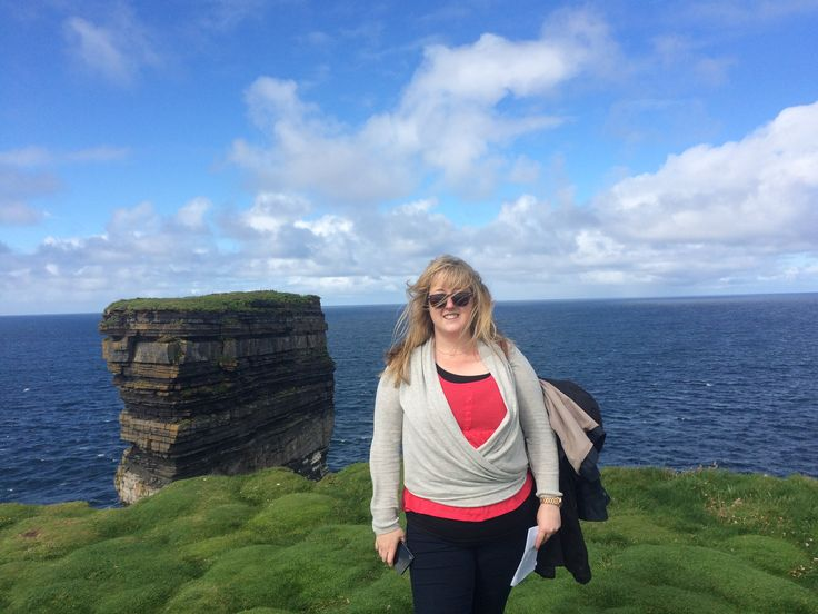 Rocking the windswept look at Downpatrick in county Mayo! © Sarah murphy