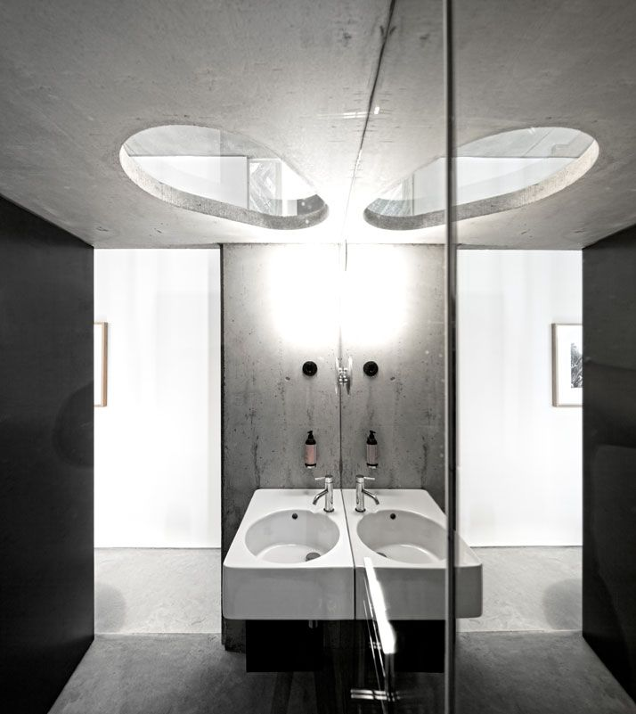 Never get tired of the Duravit sink...