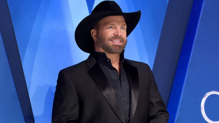 Garth Brooks' Anthology Is Country's First Top Album of New Year