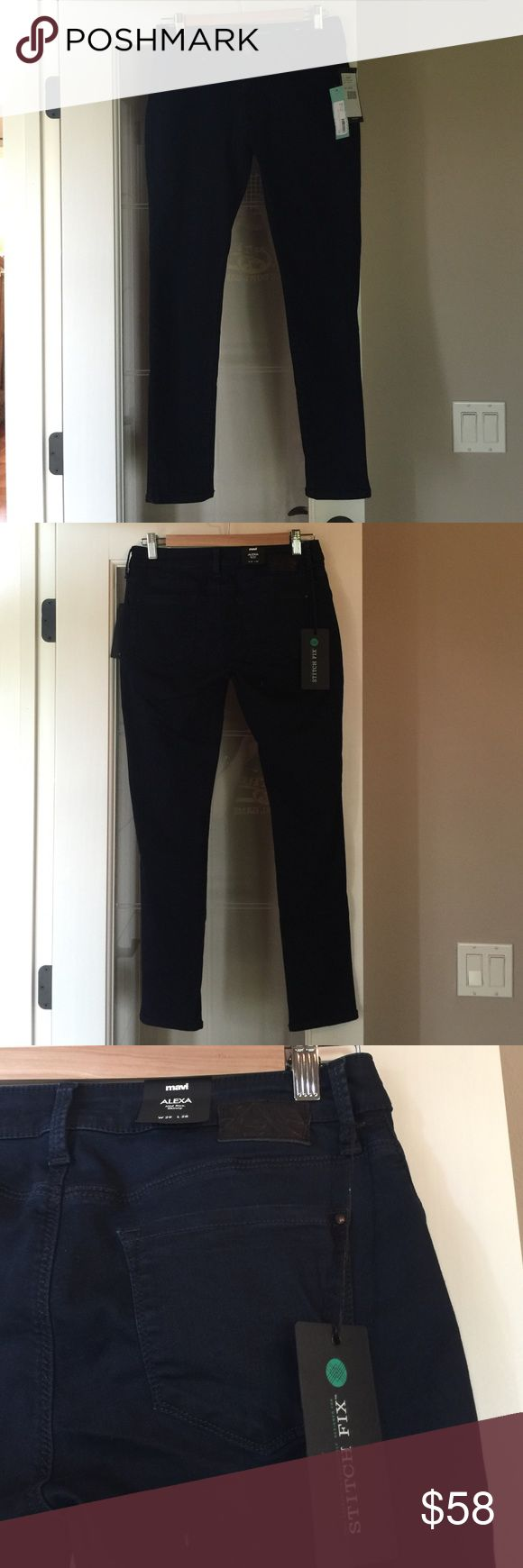 Mavi Stitch Fix NWT brand size 28 skinny jean Mavi Stitch Fix NWT brand size 28 skinny traditional dark blue colored jean.  Perfect for summer.  Would look great with a pair of flats! Comes from a smoke free and pet free home. Mavi Jeans Skinny