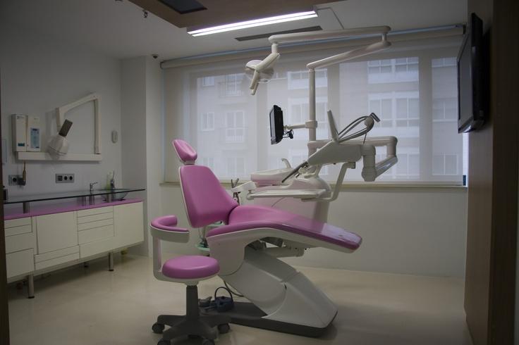 Gabinete Centro Dental Macía.
