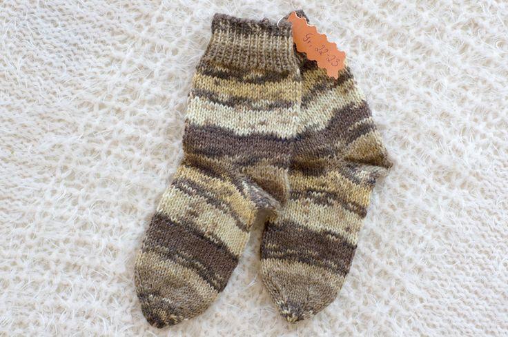 Handgestrickte Socken - Braune Wollsocken Größe 22-23 - ein Designerstück von Oma_Kaete bei DaWanda