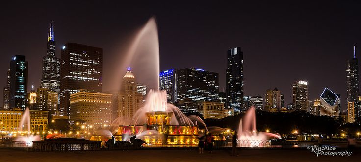 Buckingham Fountain Panorama - Chicago