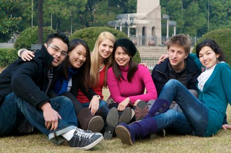 Studying in Abroad is a perfect opportunity to spread your wings... Know the Best Countries and Benefits to #StudyAbroad....