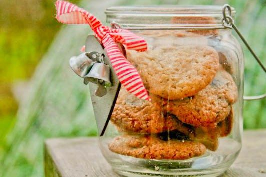 Gode småkager – eller cookies med nødder og chokolade