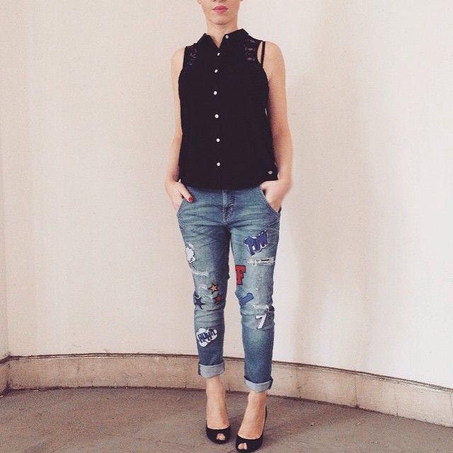 Bientôt disponible dans les FREEMAN T. PORTER - Jean: LUBELLE comico - Top: DESIREE fabrics mix lace -