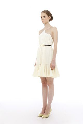Peggy Hartanto S/S 2013  The perfect white summer dress!