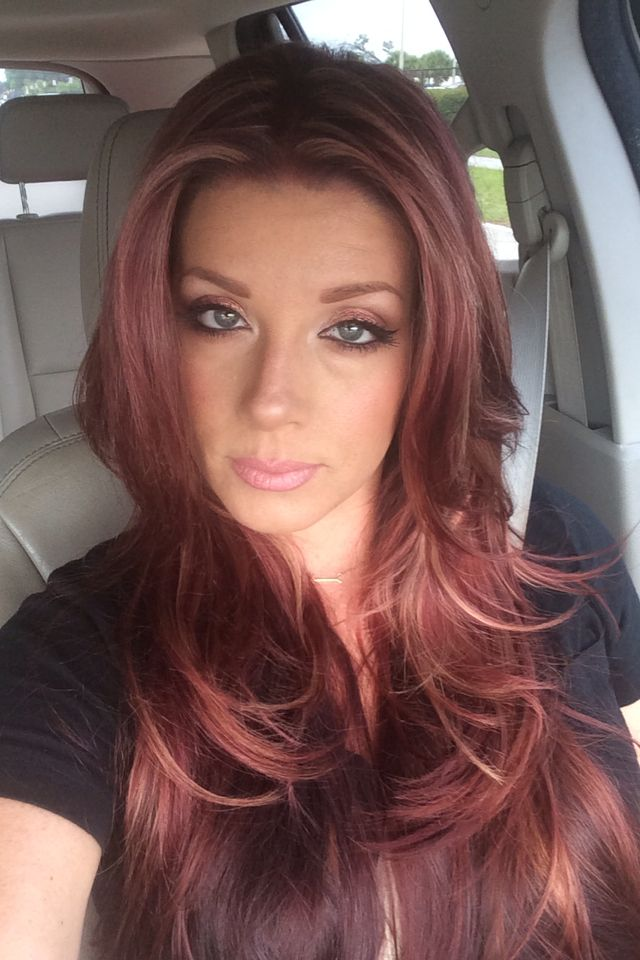 Red With Highlights Layered Hair Blue Eyes Hair And Make