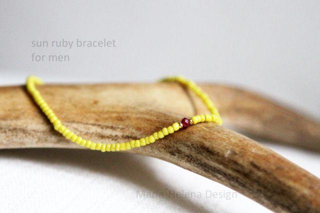 Men's small bead bracelet with ruby // Maria-Helena Design