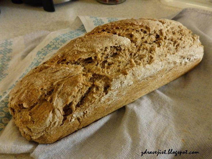 Zdravě jíst: Nejjednodušší domácí chléb