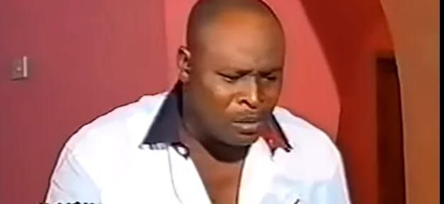 Breaking: Top veteran Nollywood actor is dead   Popular actor Arakangudu is dead   Popular Nollywood actor Arakangudu is dead He allegedly died of cardiac arrest He just make a return to acting in 2015  Arakangudu  Popular well-built Nollywood actor Arakangudu is dead. Arakangudu died between Monday night and Tuesday morning February 8-9 of cardiac arrest in his Oshogbo home. The baritone voiced actor who practiced his trade in the Yoruba genre of Nollywood is known for his of herbalist and…