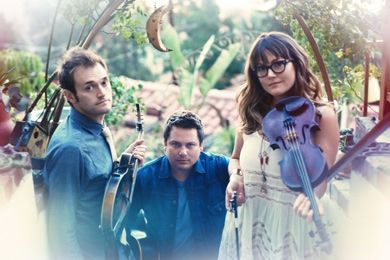 Nickel Creek Reveals New Song, Tour