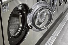 Like things neat and clean? Then starting a coin-op laundry might be your ticket to entrepreneurial success.