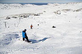 Alpine skiing club, Ben Lomond, is east of Launceston in the Ben Lomond National Park.