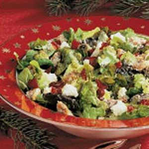 Festive Tossed Salad - Made this for Christmas Eve, but added bacon. It was sooooo good!!!
