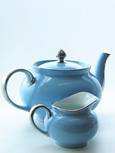 I love tea pots too...