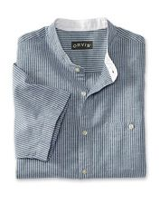 Our popular men's linen and cotton banded-collar shirt now comes in a short-sleeved version.