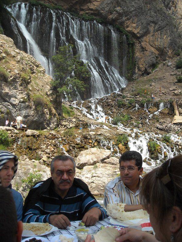 Yörük Türkmen Vakfı Başkanı Ali Aydın, Kayseri Ticaret Odası Yönetim Kurulu ile Kapuzbaşı Şelalelerindeydi