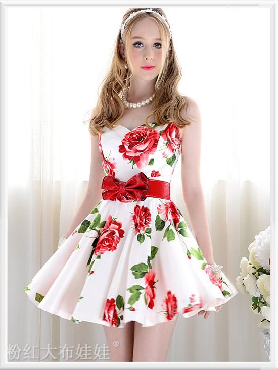2017 Summer Aristocratic Las Dress White With Red Flowers Ball Gown Sleeveless Woman
