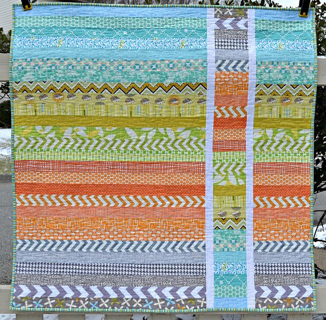 Here is a quilt pattern I could get on board with! Modern quilt idea. Strip and Flip baby quilt.