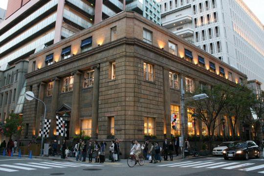 「旧居留地38番館」元National City Bank of New York 神戸支店 ※現在は大丸神戸店の別館として営業。