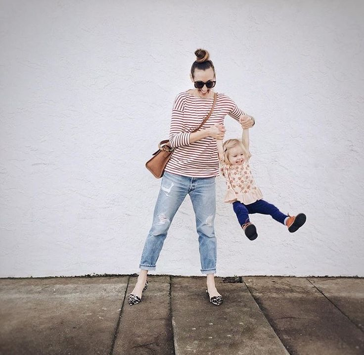 Life's about sweet mama and daughter moments like this one! The Bateau Top is, too. Emily Scott (@emthegem) of @therefinedwoman wears it in red.
